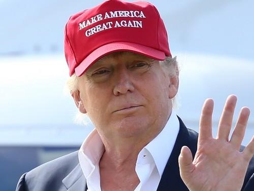 ترامب وسر القبعه الحمراء..السر بسيط ومضحك جدا